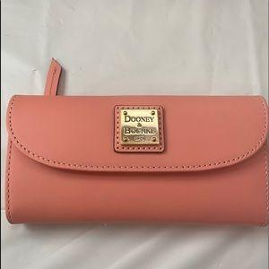 Dooney & Bourke Peach wallet excellent condition